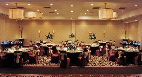 hotel-ballroom